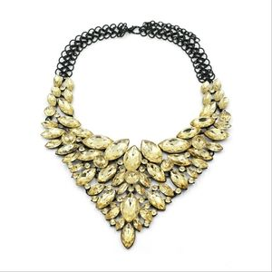 Fashion yellow crystal necklace